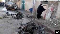 지난 30일 이라크 바드다에서 발생한 차퍙 폭탄 테러 현장.