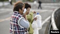 در چهار روز اخیر دو زلزله شدید و چند پس لرزه، مناطق جنوبی ژاپن را لرزانده است.