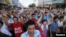 启东居民7月28日游行,反对建设排污管道