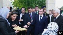 Επίσκεψη Μεντβέντεφ στη Δυτική Όχθη