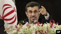 Iranian President Mahmoud Ahmadinejad fieldsa ques