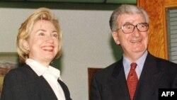 Hilari Klinton i Kiro Gligorov tokom susreta u Makedoniji, 14. maj 1999