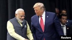 အေမရိကန္သမၼတ Donald Trump ႏွင့္ အိႏၵိယဝန္ႀကီးခ်ဳပ္ Modi. (စက္တင္ဘာ ၂၂၊ ၂၀၁၉)