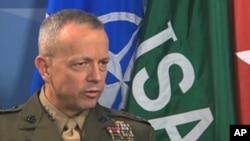 美国和北约驻阿富汗部队指挥官约翰.艾伦将军(资料照片)
