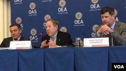 Panel de juristas expertos en derechos humanos, nombrado por el secretario general de la OEA, Luis Almagro, presentan sus conclusiones sobre posibles crímenes de lesa humanidad en Venezuela. Foto: Jorge Agobián, VOA.