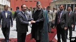 Predsednik Avganistana Hamid Karzai i francuski predsednik Fransoa Oland.
