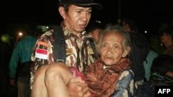 Землетрясение в Индонезии: данные о жертвах уточняются