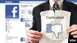 Las redes sociales se están convirtiendo también en una carta de presentación para las empresas que conviene mantener limpia.