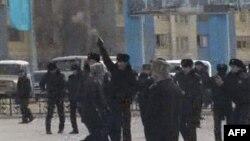 У Казахстані загинуло 10 демонстрантів під час сутичок з міліцією