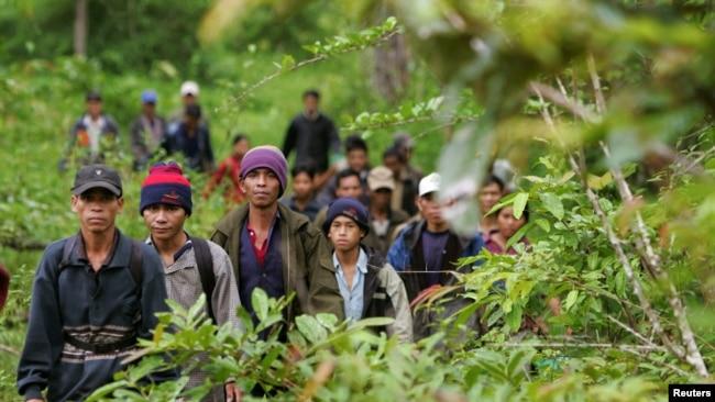 Một nhóm người Thượng ở Campuchia.