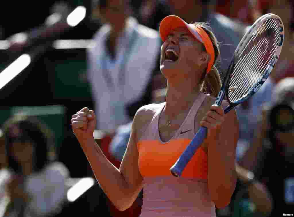 ماریا شیرا پوا کا جیتنے کے بعد پرجوش انداز۔