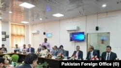 بھارتی حکام کا کہنا ہے کہ کرتار پور راہداری کے معاملے پر پاکستان لچک کا مظاہرہ نہیں کر رہا۔