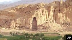 چندی پیش کار یک شهرک دیگر به دلیل نزدیکی با ساحات تاریخی در بامیان متوقف شد