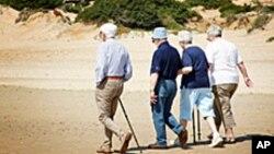 Đi bộ trong nắng, thể dục cho người cao niên
