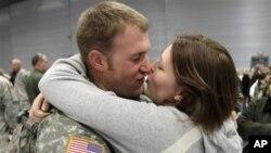 Obitelji američkih vojnika osjećaju teret kontinuiranog desetgodišnjeg ratovanja