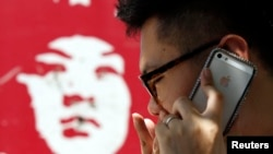 Los profesores chinos robaron información secreta de empresas estadounidenses, como el uso de filtros, para luego producirlos en serie en China.
