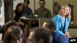 Госсекретарь США Хиллари Клинтон в во время поездки в Турцию