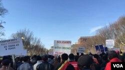 Des Oromos protestant contre les tueries en Ethiopie, Washington, DC, le 10 décembre 2015.