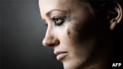 Bạo hành đối với phụ nữ