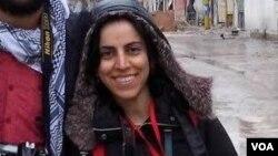 Nữ phóng viên tự do Khajijan Farqin.
