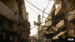 Burj Barajneh is one of 12 Palestinian camps in Lebanon. Conditions in these camps are often grim, and poverty rates high. (J. Owens/VOA)