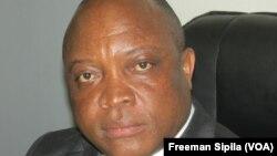 Flavien Mbata, ministre centrafricain de la Justice. (VOA/Freeman Sipila)
