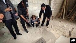 ال چاپو قبلا با حفر تونل از امنیتی ترین زندان مکزیک فرار کرده بود.