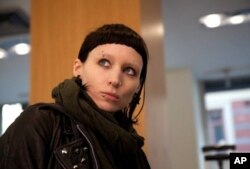 "Rooney Mara as Lisbeth Salander in ""The Girl With The Dragon Tattoo"""