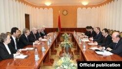 Minsk qrupunun həmsədrləri Belarus xarici işlər naziri ilə görüşüb