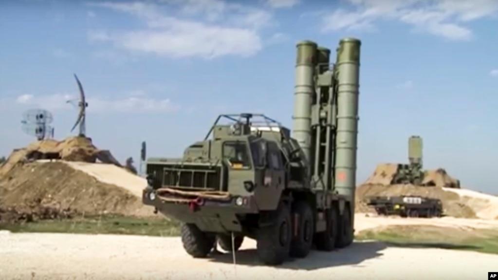 Turqia dhe Rusia finalizojnë marrëveshjen për raketat S-400
