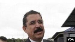 Manuel Zelaya dijo que planea regresar a Honduras.