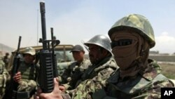 আফগান জাতীয় সেনা বাহিনী সদস্যরা