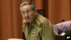 El presidente cubano, Raúl Castro, pronosticó un crecimiento limitado en la isla y pidió a los cubanos evitar los gastos innecesarios.