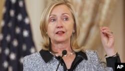 ລັດຖະມົນຕີກະຊວງການຕ່າງປະເທດສະຫະລັດ ທ່ານນາງ Hillary Clinton (5 ຕຸລາ 2011)