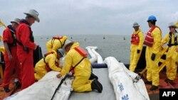 Vazhdon derdhja e naftës në Gjirin e Meksikës