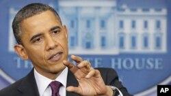 Tổng thống Obama nói chuyện trong một cuộc họp báo tại Tòa Bạch Ốc hôm 6/3/12