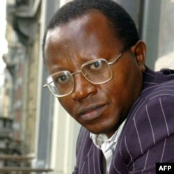 Congolese human rights activist and head of the Voix des Sans-Voix (Voice of the Voiceless) (VSV) party Floribert Chebeya. (2005 file photo)