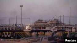 تاسیسات نفتی عراق در بصره - آرشیو