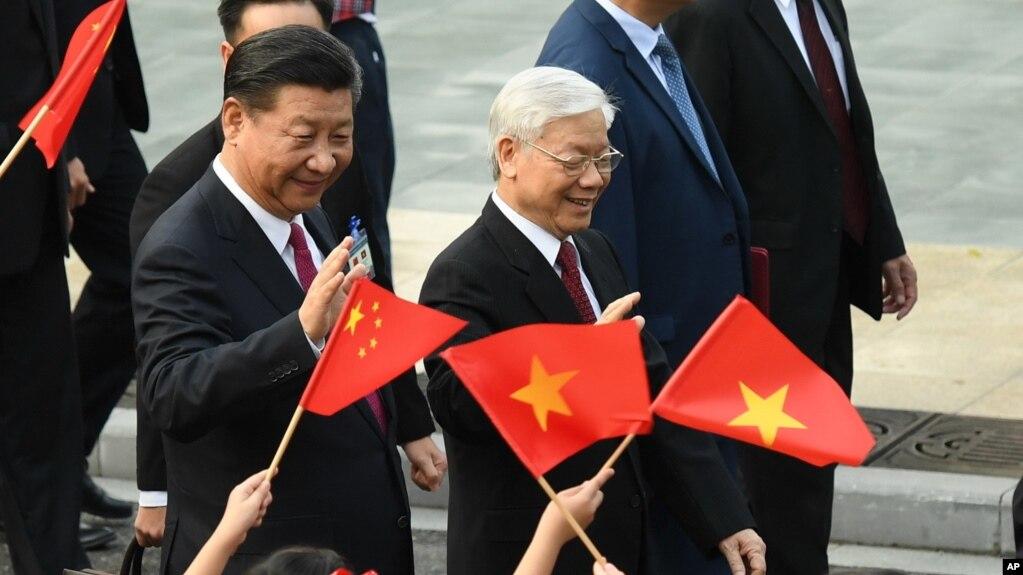 Chủ tịch Trung Quốc Tập Cận Bình trong chuyến thăm Việt Nam cuối năm 2017.