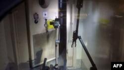 Робот має можливість вимірювати рівень радіації та робити фотографії всередині реакторів