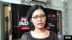 Dinna Wisnu, Direktur Program Pasca Sarjana Universitas Paramadina, Jakarta. (VOA/Iris Gera)