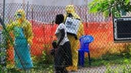 La reciente propagación del virus del ébola al vecino Uganda y la muerte de dos personas causó que la OMS reuniera un grupo de expertos para revalorar la situación actual y losdesafíos venideros.