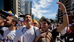 Los venezolanos soportan una dura crisis que afecta a todos los sectores y a sus derechos