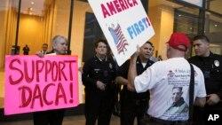 Protesta pro dhe kundër DACA-s në SHBA