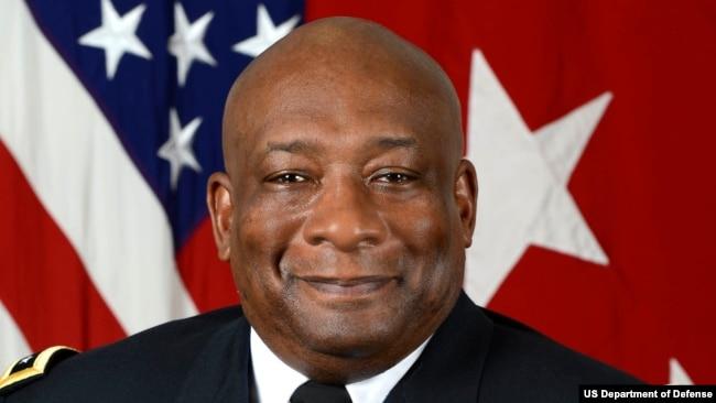 美国国防安全合作局局长查尔斯·霍珀中将(Charles Hooper)(美国国防部照片)