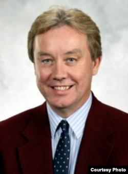 南加州大学马歇尔商学院金融与商业经济学副教授斯瓦茨