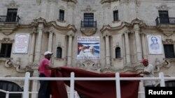 Kwitegura Papa Faransisiko irakaze i La Havane muri Cuba
