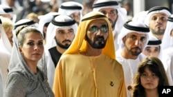 محمد بن راشد، همسرش شاهدخت هیا و دخترشان