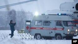 12月20日霍多尔科夫斯基乘直升机离开监狱