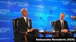 Generalni sekretar NATO Jens Stoltenberg i predsednik Srbije Aleksandar Vučić na skupu Beogradskog bezbednosnog foruma